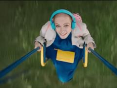 Как называется фильм, где девушка победила рак?